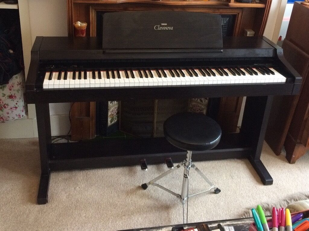 Vintage yamaha clavinova for sale in haringey london for Used yamaha clavinova cvp for sale