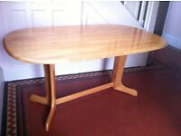 Large Vintage Oval Dining Table Read Description / Can Deliver