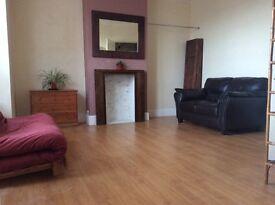 Beautiful sunny unfurnished large double room