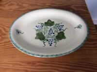 Poole pottery vineyard with grapes design. 1 x meat/serving plate.