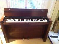 Beautiful Eavestaff Mini piano for free