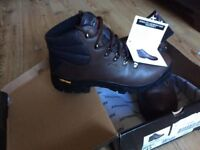 Johnscliffe 'Highlander II' Hiking Boots, Size 10 (UK 44)