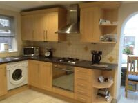 Beech effect kitchen units in good condition - 11 units in total
