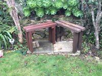 Pair garden benches