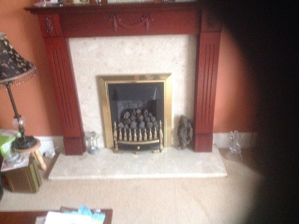 Gas fire and surround
