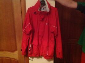 Dare to B men's large red ski jacket