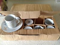 SET OF 6 CHINESE ESPRESSO CUPS AND SAUCERS