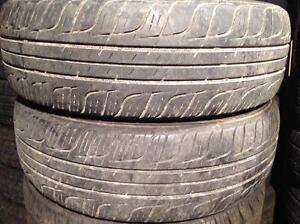 2 pneus d'été 195/65 r15 toyo Spectrum Touring.  75$