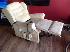 Riser recliner Sherborne Lynton hardly used looks like new.