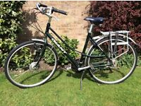 Ladies Giant bicycle. Superb quality, 18 gears, 3 front and 6 rear.