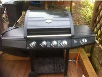 BBQ 4 GAS BURNER NEAR NEW WITH COVER