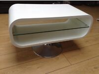 White gloss tv stand with glass shelf