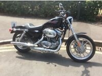 HARLEY DAVIDSON XL883 SPORTSTER - BLACK - 2006- VERY LOW MILEAGE
