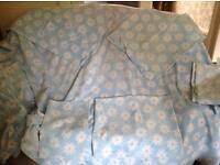 Blue bedding set