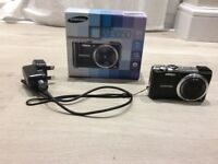 Samsung WB Series WB650 12.1MP Digital Camera - Black - Boxed with 4gb Memory