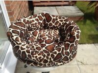 PET BED, SMALL, SUIT CAT OR SMALL DOG, £8