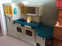 Little Tykes Country Kitchen - play kitchen for children. Excellent condition.