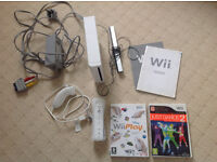 Nintendo Wii console + 2 games