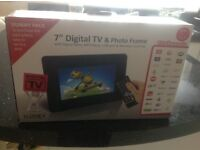 7 inch DIGITAL TV AND PHOTO FRAME NEW