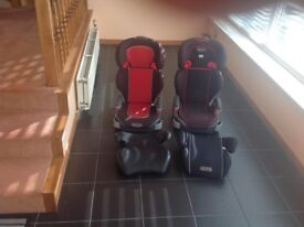 2 Graco Highback booster seats and 2 booster seats