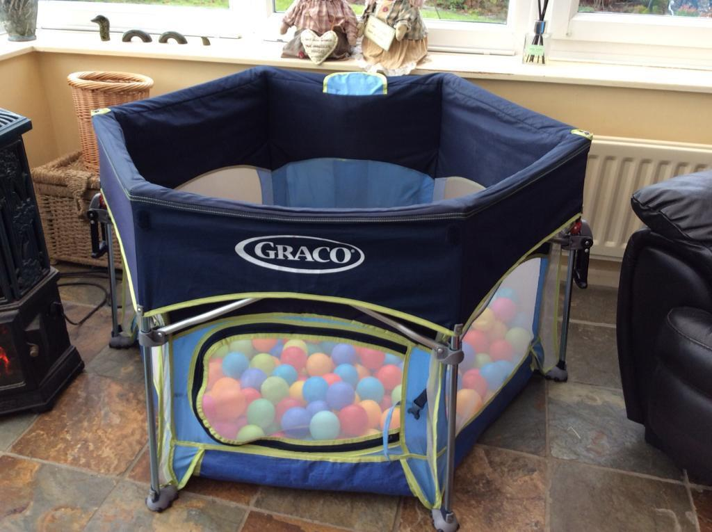 Graco pop-up pack n play sport playpen/tent & Graco pop-up pack n play sport playpen/tent | in Haltwhistle ...