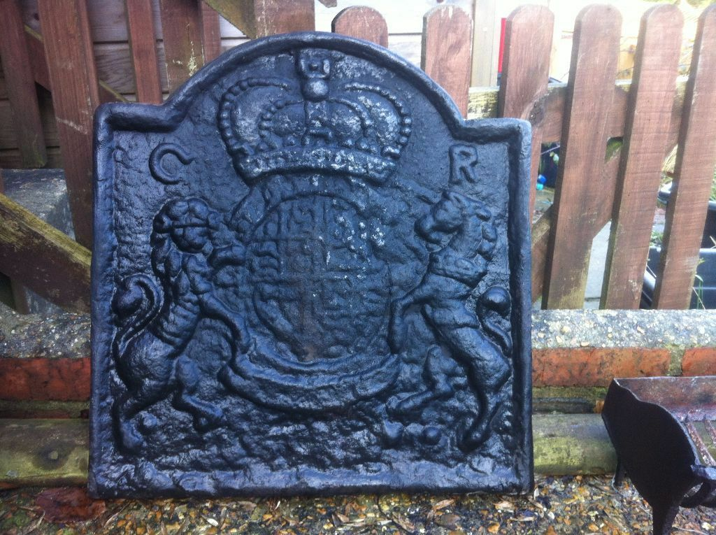 Cast Iron Fireplace Back Plate   Coat Of Arms