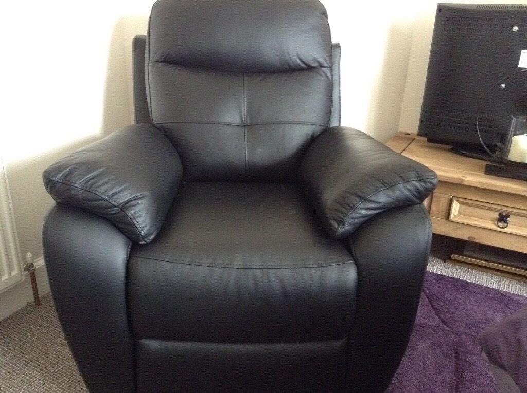 Harveyu0027s Maple black leather electric recliner chair & Harveyu0027s Maple black leather electric recliner chair | in Tain ... islam-shia.org