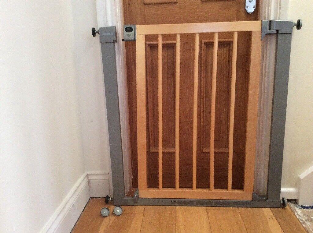 Linda Wooden Stair Gate