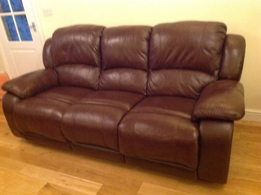 Leather 3 seater recliner sofa u0026 2 recliner chairs (Harveyu0027s) £500 & Leather 3 seater recliner sofa u0026 2 recliner chairs (Harveyu0027s) £500 ... islam-shia.org