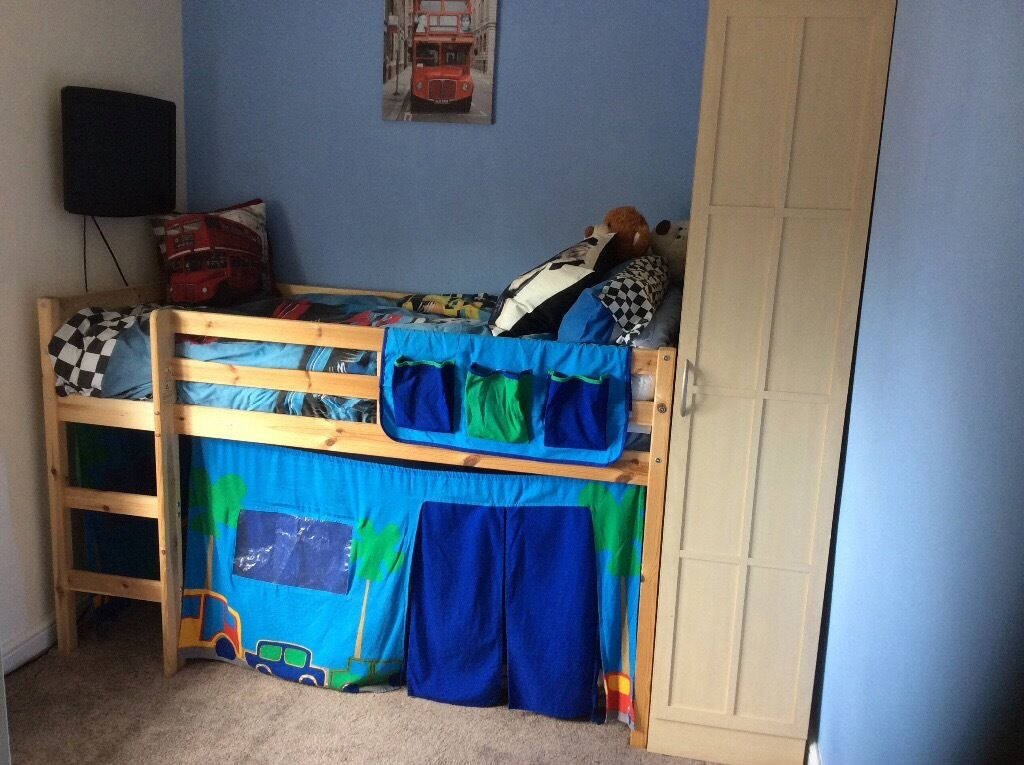 mid sleeper shorty bed and tent excellent condition only had for 13 months with full
