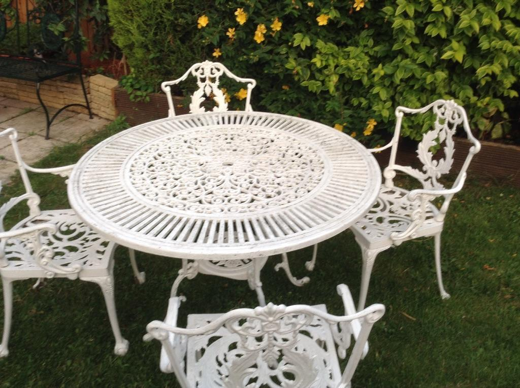 Victorian Style Cast Aluminum Garden Table U0026 Chairs