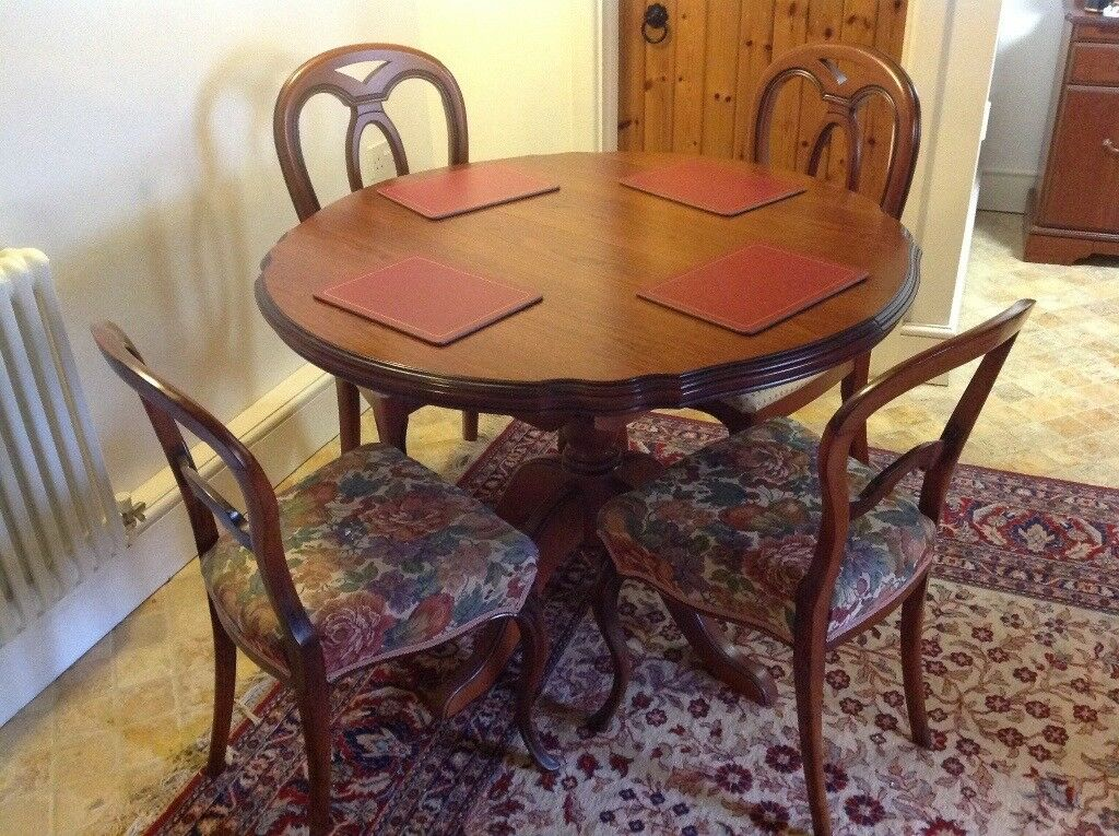 John Coyle Extendable Circular Cherry Dining Table And 4 Chairs