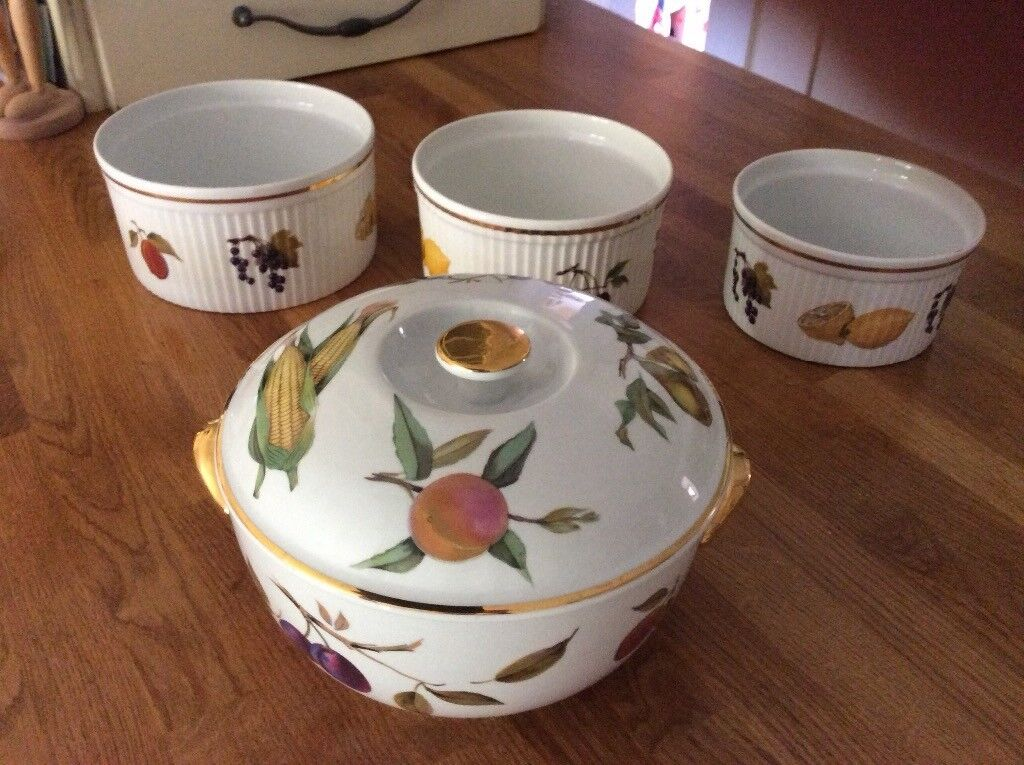Attirant Royal Worcester Evesham Design Oven To Tableware   4 Pieces. All Excellent  Condition