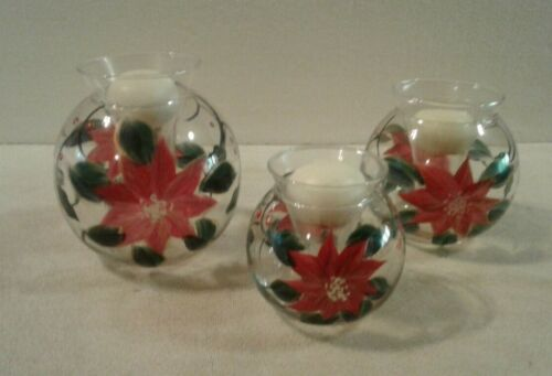 """Holiday Time """" CHRISTMAS POINSETTIA"""" 3 piece glass floater set includes candles"""