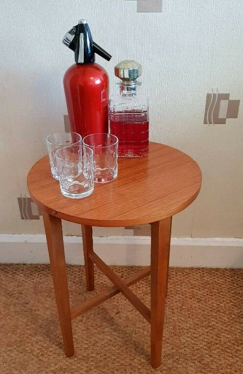 Vintage Retro Round Folding Folding Side Table In Withington