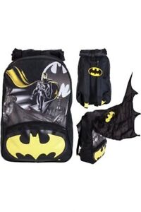 BATMAN BOYS BACKPACK  SCHOOL BAG  DETACHABLE HOOD & CAPE GLOW IN DARK MOTIF 40L