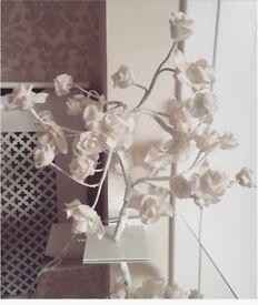 Shabby chic white flower table lamp