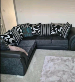 Large corner sofa we. Orignal picture posted. Free delivery or Collect