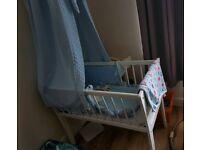 Crib with blue dimple drape set
