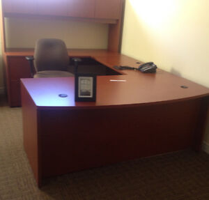 Professional executive computer work station and desk