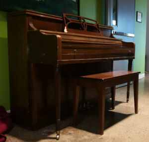 FREE PIANO  -  LAST CHANCE before the dumpster