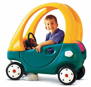 Little Tikes Grand Coupe Car and Gas Pump!