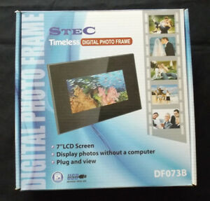 "STEC Timeless Digital Photo Frame 7"" LCD Screen NEW"