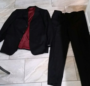**Italian Made Mens Suite Pants and Jacket (Bellissimo)