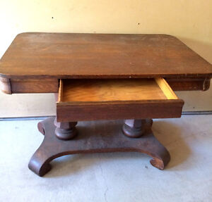 TABLE EN CHENE / TIGER OAK WRITING TABLE WITH DRAWER West Island Greater Montréal image 4
