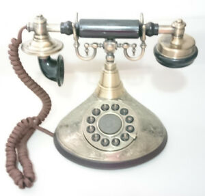 Vintage Paramount Collection Classic Series  Duchess Telephone