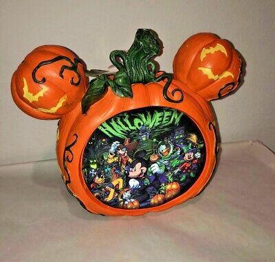 NWT Disney Halloween Mickey Pumpkin Figure Lenticular 'Boo to You'