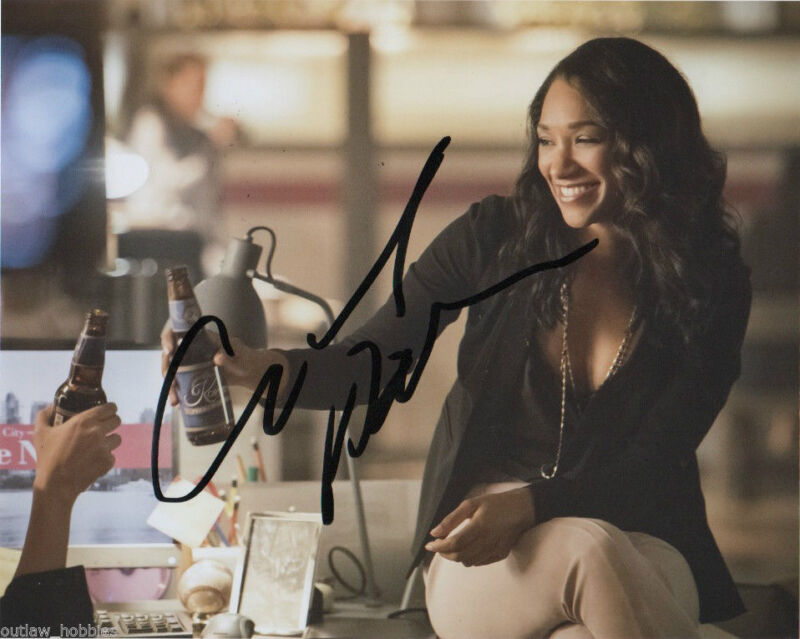 Candice Patton The Flash Autographed Signed 8x10 Photo COA #1
