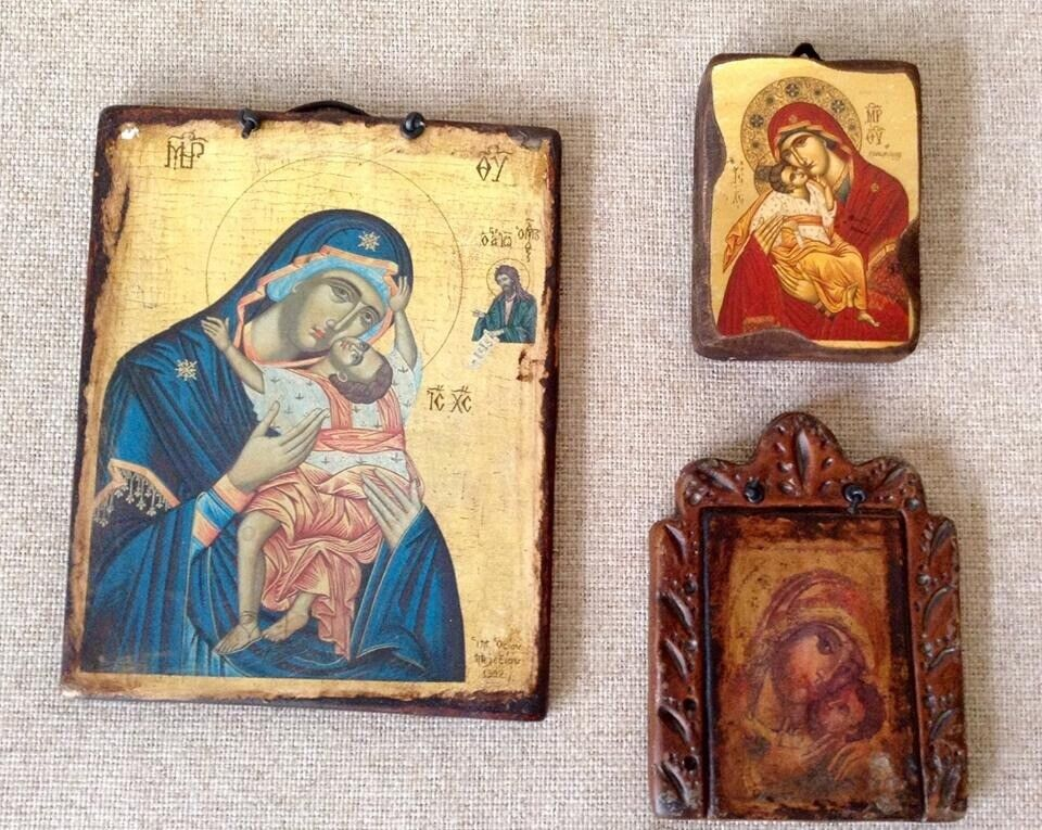 3 Vintage Style Wall Icons Ceramic Plaques Wooden Madonna Child Religious