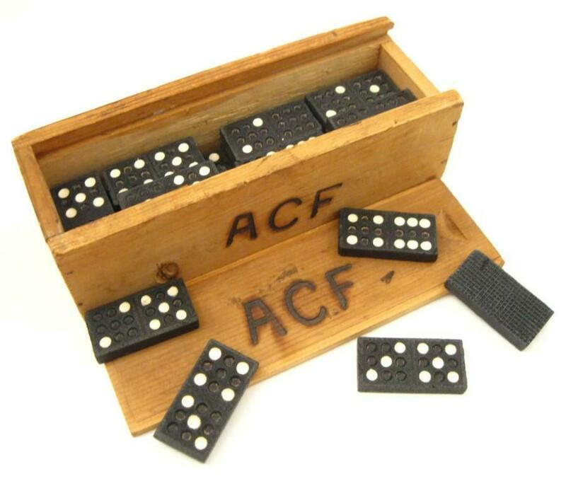WWII Australian Comforts Fund Boxed Wooden Dominoes Game Set Souvenir WW2